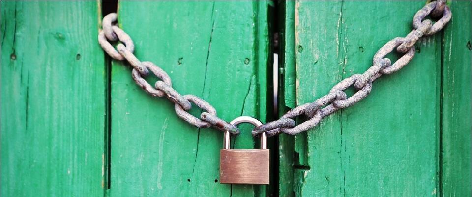 door-green-closed-lock (1)-1